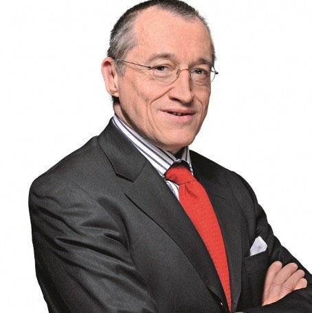 Paul-Marie Coûteaux - Essayiste et Haut Fonctionnaire